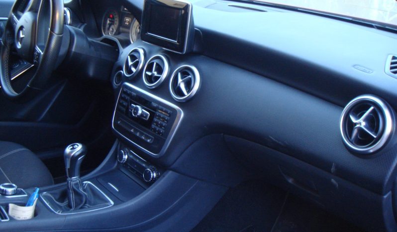 Mercedes-Benz A 180 BE Style 122 CV completo